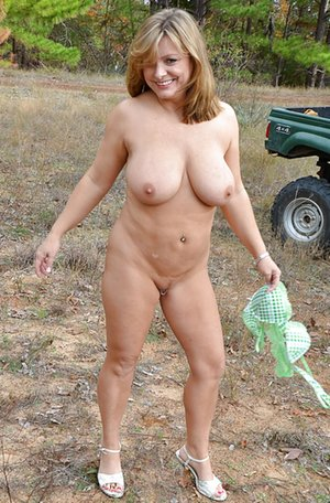 Chubby Mom Tits Pics