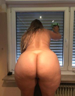 Chubby Huge Ass Pics