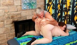 Chubby Oldman with Girl Pics