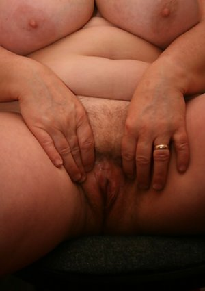 Chubby Bush Pics