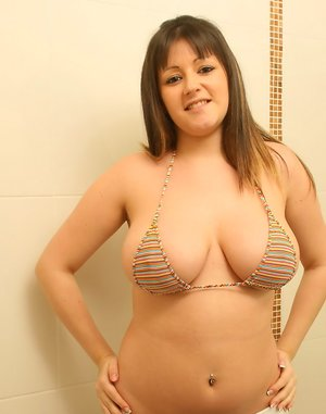 Chubby Girl Next Door Pics
