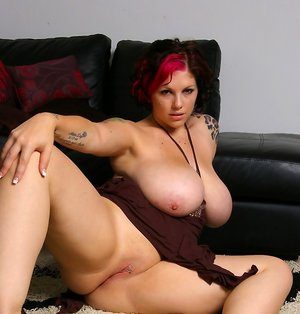 Chubby Shaved Pussy Pics