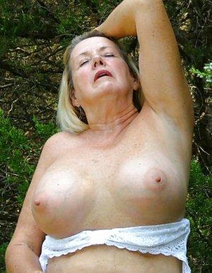 Chubby Granny Pics